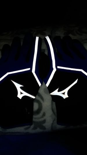 MIZUNO Softball Gloves for Sale in Manchester, CT