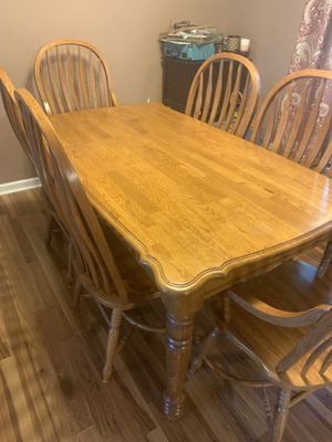Wood kitchen table and chairs for Sale in Lebanon, TN