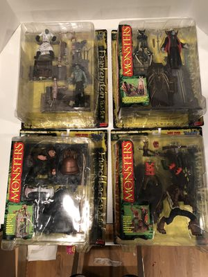mcfarlane monsters series 1 Lot for Sale in Millville, NJ
