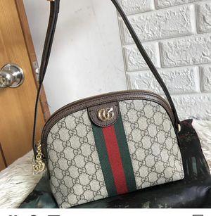 Gucci crossbody bag for Sale in Dravosburg, PA