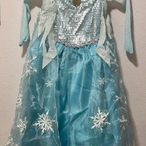 Disney Elsa Costume for Sale in Los Angeles, CA