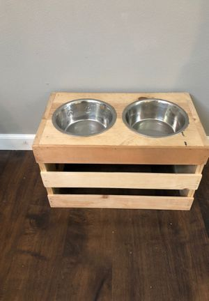 Elevated dog bowl holder for Sale in Snohomish, WA