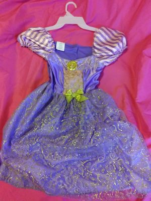 $21, Rapunzel LightUp/Musical Costume for Sale in Las Vegas, NV