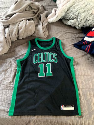 Kyrie Irving Jersey #11 Celtics for Sale in Lowell, MA