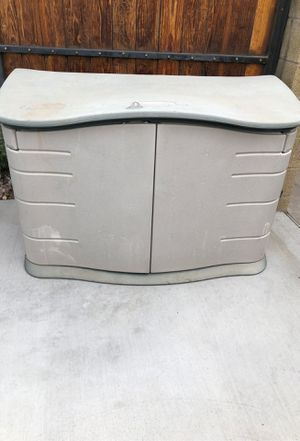 Rubbermaid storage shed for Sale in Phoenix, AZ