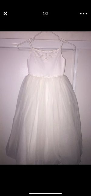 Flower girl dress size 5 from David's Bridal $30 for Sale in Compton, CA