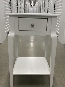 Wooden White End Table for Sale in Raleigh,  NC