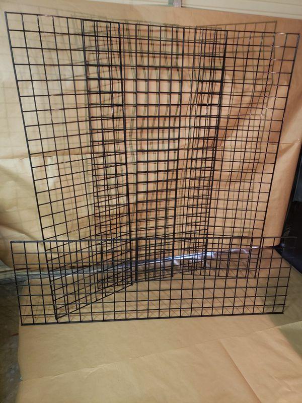 Black wall grid