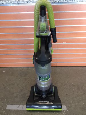 Eureka Airspeed Ultra-Lightweight Compact Bagless Upright Vacuum NEU100 #16045-1 for Sale in Chelsea, MA