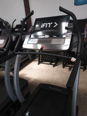 NEW - Never Use NordicTrack X22i incline trainer treadmill for Sale in Wilmington, CA