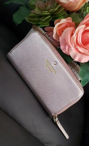 Kate Spade. Rose Gold Wallet for Sale in Phoenix, AZ
