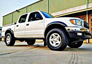ֆ14OO 4WD Toyota Tacoma 4WD for Sale in Wellington, KS