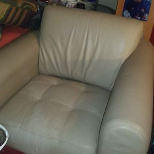 Off White Leather Arm Chair for Sale in Torrance, CA