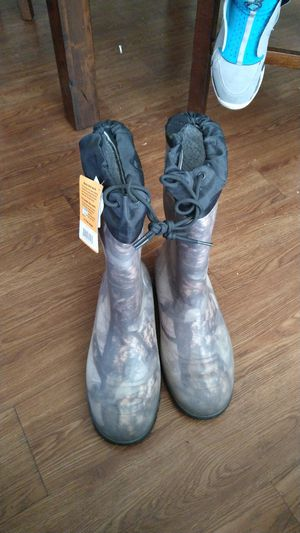 Rubber work boots for Sale in Federal Way, WA