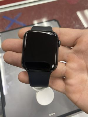 Apple Watch Series 5 44mm Cellular w/ Charger for Sale in Tampa, FL