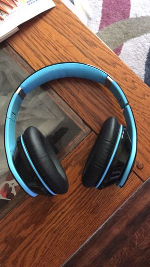 MPow 059 Bluetooth Headphones for Sale in Wichita, KS