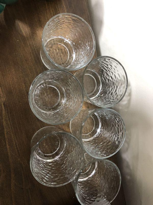 6 Glass Cups /Drinkware Set