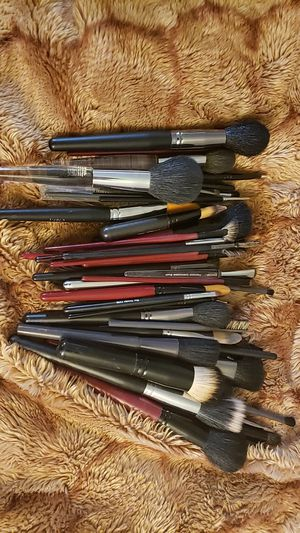 Makeup brushes for Sale in Chino, CA