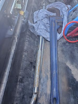 Irwin 36 inch pipe wrench for Sale in Odessa, TX