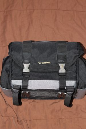 Canon 200DG Digital Camera Gadget Bag -Black Camera Bag for Sale in Seattle, WA