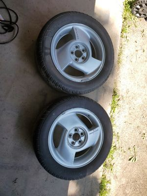 2 new tires for Sale in Elgin, MN
