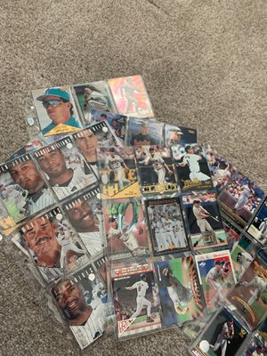 200+ Baseball cards from the 1990s for Sale in Davenport, FL