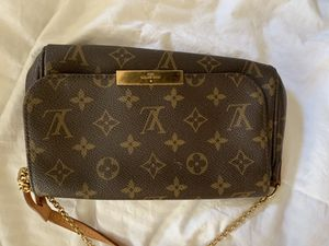 Louis Vuitton favorite pm for Sale in UPPER ARLNGTN, OH