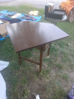 Corner Desk 10.00 for Sale in Kingsport, TN