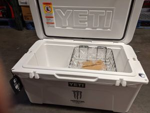 YETI TUNDRA limited edition made in USA cooler for Sale in Detroit, MI