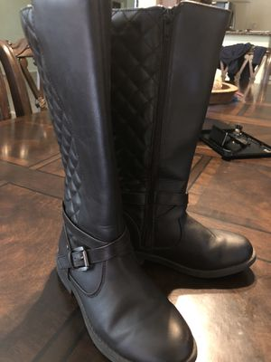 Girls Size 1 black boots for Sale in Laveen Village, AZ