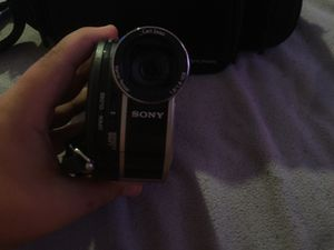 Sony Handy cam hybrid camera for Sale in NW PRT RCHY, FL