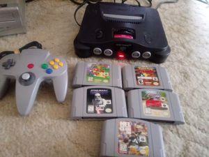 Nintendo 64 5 games 1 controller for Sale in Everett, WA