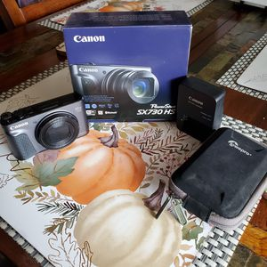 Canon Powershot SX730HS Digital Camera for Sale in Houston, TX
