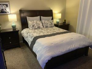 Kensington 5 piece Queen Bedroom Set for Sale in Oceanside, CA