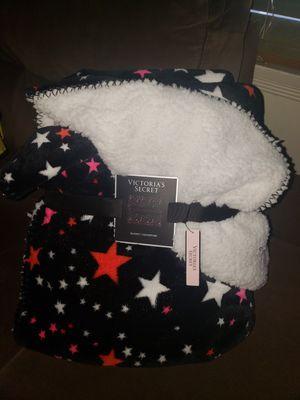 Victoria's Secret Sherpa Blanket for Sale in Long Beach, CA
