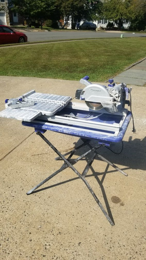 RENT-ONLY NOT FOR SALE Tile Saw with Stand