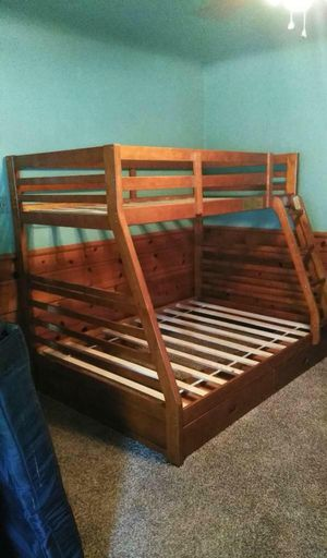 Full/twin bunk bed with MATTRESS for Sale in Lawndale, CA
