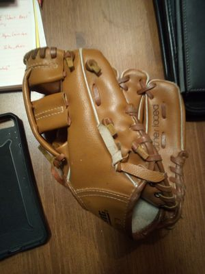 Regent Youth Baseball Glove Daryl Strawberry Edition for Sale in Everett, WA