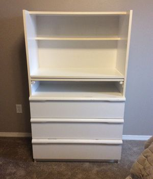 Dresser with changing table or desk—great condition! for Sale in Nampa, ID