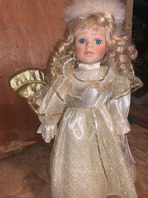 Antique doll for Sale in Runnemede, NJ