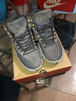 Jordan's grey wolf 12s for Sale in Richmond, CA