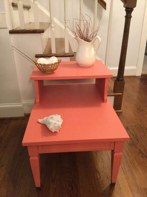 Accent/End Table, Coral, perfect for Spring and Summer decor for Sale in Greenville, NC