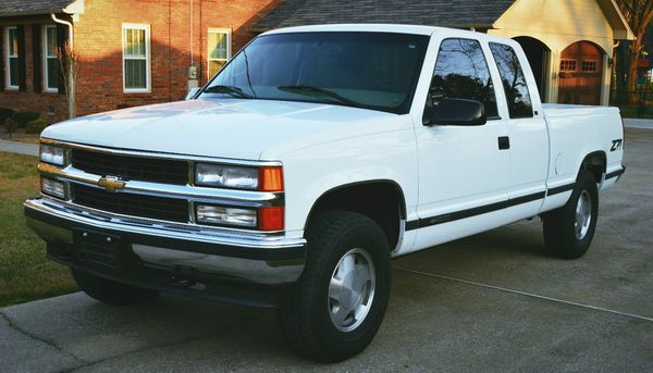 All standard1999 Chevrolet Silverado 1500 Z71