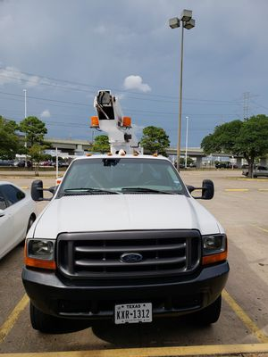 Ford F450 Super Duty boom truck for Sale in Houston, TX