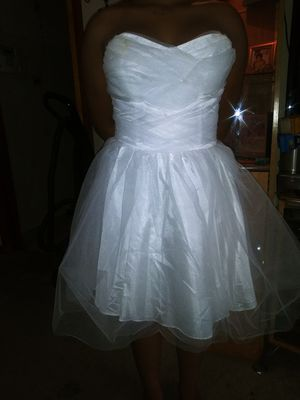 White tulle party 🎉 dress for Sale in Chicago, IL