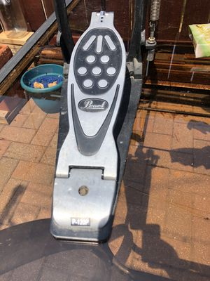 Pearl drum set bass pedal P-120P for Sale in Bolingbrook, IL