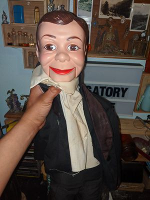 Haunted ventriloquist doll for Sale in Long Beach, CA