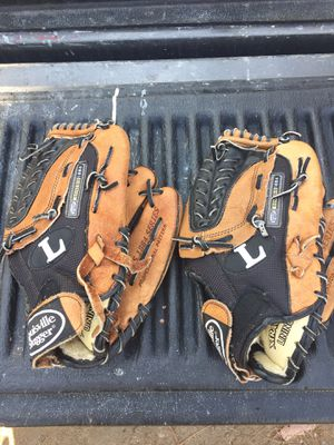 "2 12"" Youth Baseball Gloves for Sale in El Cajon, CA"