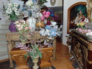 7 silk flower arrangements with vases for Sale in Las Vegas, NV