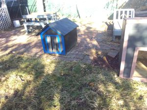 Doghouse for Sale in Chicago, IL